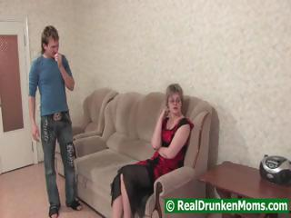 Drunk mama with a younger guy starts to fuck and then passes out
