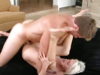 Glorious milf likes getting her moist pussy hammered