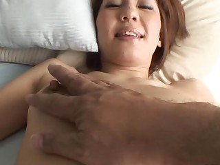 Pretty Oriental mother i'd analogous to to fuck sucks on hard schlong and her hirsute cunt fingered